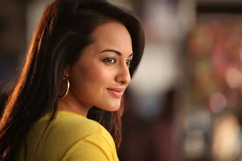 sonakshi sinha hot hd wallpapers gallery blogger tattoo design bild latest all photos images and hd wallpaper free download