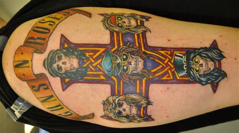 gun n roses tattoo guns n roses cross by timetotakeback on deviantart