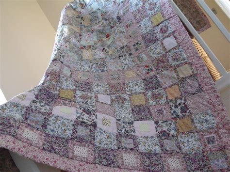 Patchwork Style - patchwork quilt cottage style shabby chic style quilt