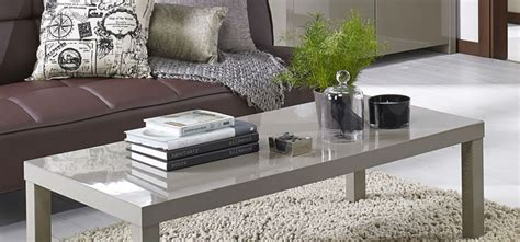 how should a sofa table be how much space should be between the sofa coffee table