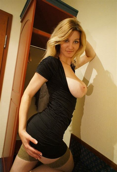 Milf In A Tight Dress Naked Girls Metaingles Info