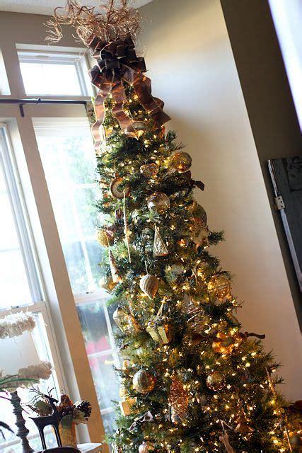 omg  living room  tiny     pencil christmas treemust   tree topper