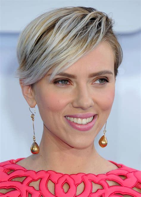 Scarlett Johansson At 2015 MTV Movie Awards   Celebzz