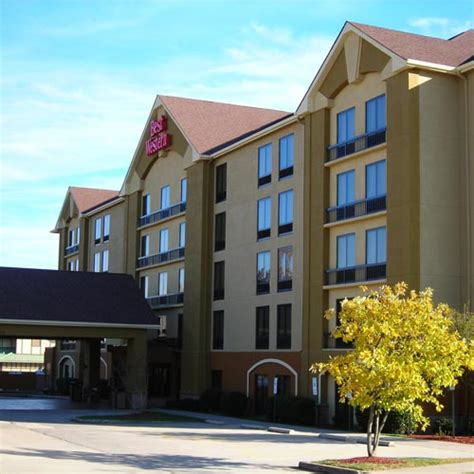 comfort suites greensboro north carolina comfort inn greensboro greensboro nc aaa com