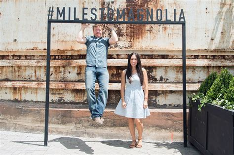 fixer upper facebook 100 chip and joanna gaines facebook chip and joanna