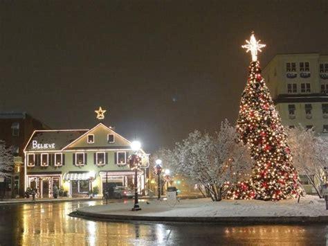 gettysburg square at christmas time believe gettysburg