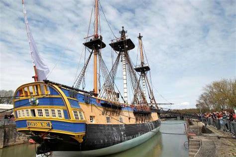le bateau hermione a bordeaux 171 l hermione 187 fera sa premi 232 re escale 224 bordeaux en octobre
