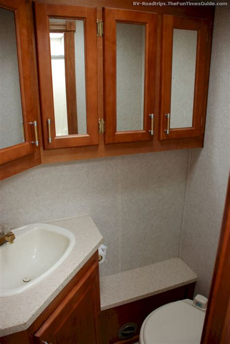small rv with bathroom small rv with bathroom decoor
