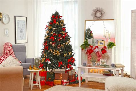 christmas tree in living room o christmas tree how to safely decorate for