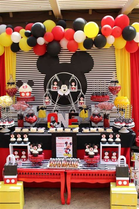 mickey mouse theme decorations 25 best ideas about mickey mouse backdrop on