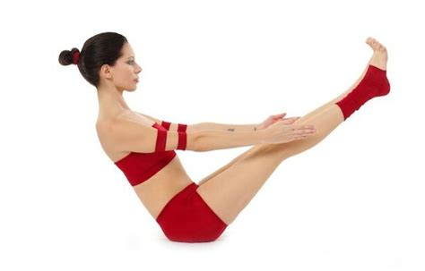 boat pose on belly 5 easy to do yoga poses that will make your belly look fit