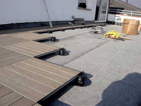 pavimenti flottanti per esterni prezzi pavimento flottante da esterno pavimento sopraelevato