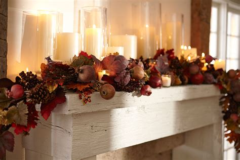 Professional Tips for Decorating Your Holiday Mantel