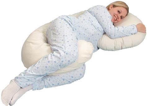 comfortable pregnancy with a maternity pillow