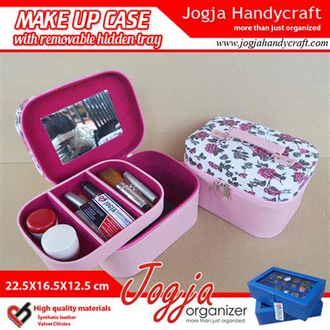 Harga Peralatan Make Up Purbasari tas kosmetik cantik dan praktis untuk peralatan make up kamu