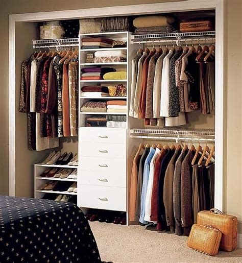 Small Wardrobe Closets by Best 25 Ideas For Small Bedrooms Ideas Only On