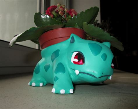 Bulbasaur Planter by Flowerpots Sprite Stitch