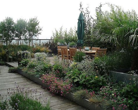 rooftop plants best 20 roof gardens ideas on pinterest terrace garden