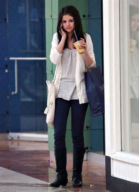 selena gomez style fashion trends