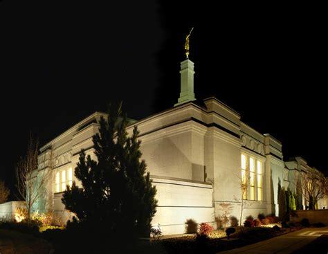 reno nevada temple in the evening