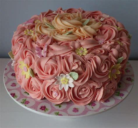 Rose swirl cake   Rose Cakes   Pinterest   Rose swirl cake