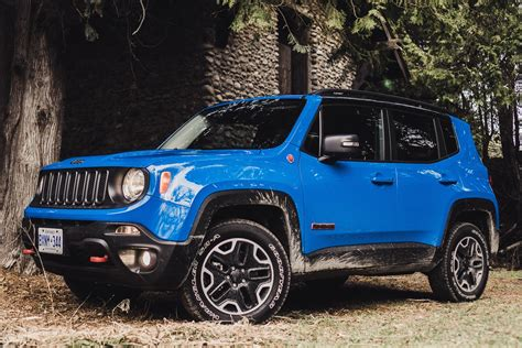 jeep trailhawk blue review 2015 jeep renegade trailhawk canadian auto review
