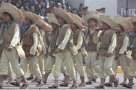 imagenes luto militar desfile de la batalla del 5 de mayo se pone de luto