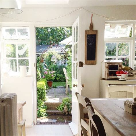 englische cottage kitchen 359 best images about dining room on