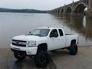 17 awesome white trucks that look incredibly