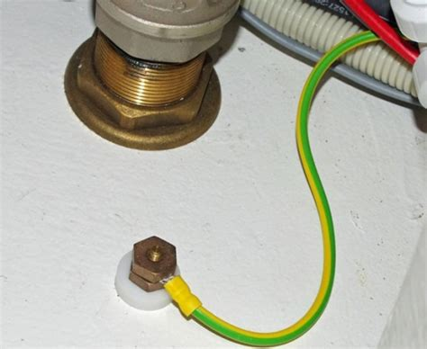 grounding wires for boat equipment boats