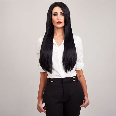 who owns bellami hair 220g hair extensions om hair