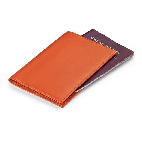 ufficio passaporti via di villa ricotti fedon portapassaporto giorgio fedon in nappa arancione