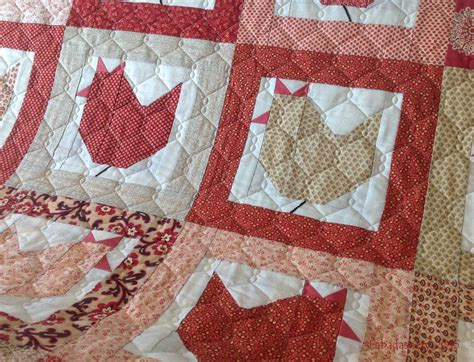 How To Arm Quilt by Fabadashery Longarm Quilting Hen Quilt