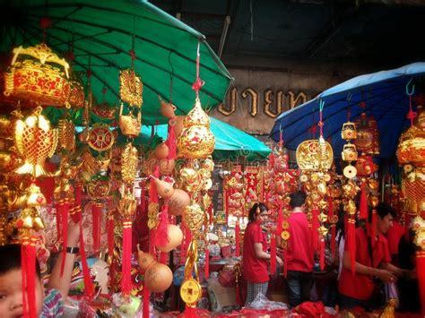 bangkok new year 2015 date lucky charm shop at chinatown bangkok thailand on