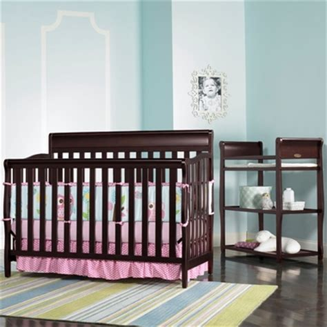 Graco Stanton Changing Table Graco Cribs 2 Nursery Set Stanton Convertible Crib And Changing Table In Cherry