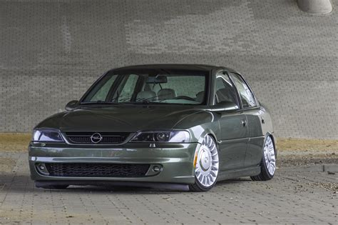 Opel Vectra B by Opel Vectra B Tuning Gallery