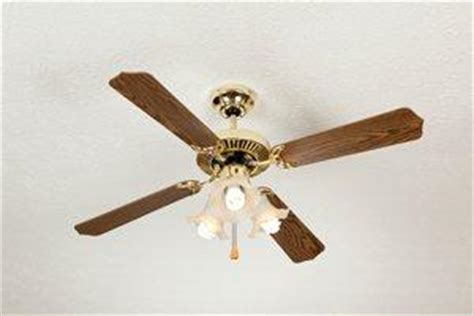 Labor Cost To Install Ceiling Fan by 2017 Ceiling Fan Repair Costs Homeadvisor