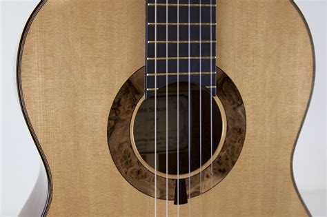 Best Handmade Guitars - luthier alan simcoe spruce top concert