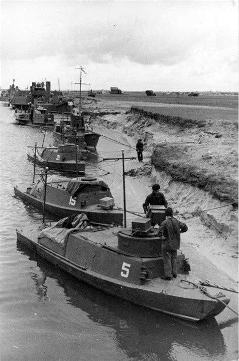 armored boat pinsk russian light armored boats of d type military