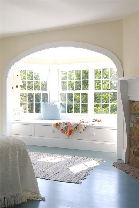 bedroom bay window seat i ve always wanted a window seat maybe to replace one of