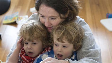 videos de madres masturvando asus hijos las madres necesitan apoyo incondicional igual que sus hijos