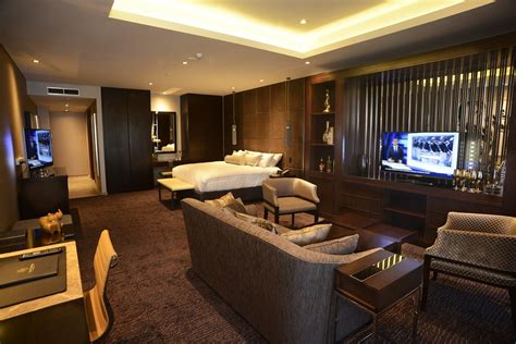 luxury accommodation suites hotel image gallery luxury hotel suites
