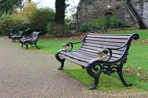 Bangku Tamanbench Free Ongkir free photo bench park castle park bench free image on pixabay 1843313