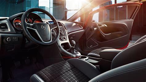 interior layout design of passenger vehicles with ramsis основные особенности 3 дверного opelastra дизайн кузова и