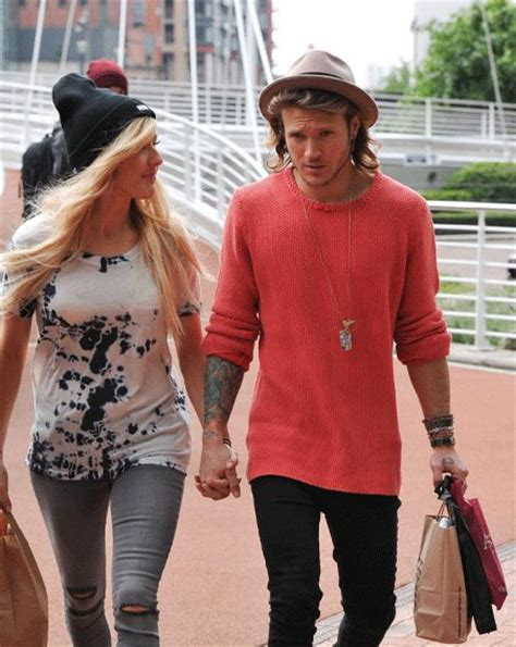 are ellie goulding and dougie poynter dating ok magazine ellie goulding and dougie poynter take their relationship