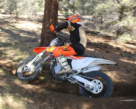Ktm Sponsored Riders Best Dirt Bike For Trail 2016 Motorcycle Review
