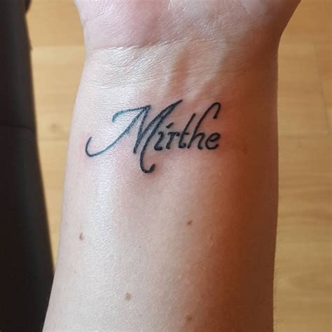 tattoo name on wrist 35 stunning name wrist tattoo designs