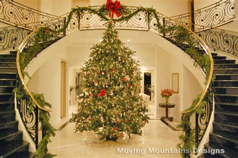 Most Beautiful Christmas Decorated Homes | holiday home staging and decorating in los angeles