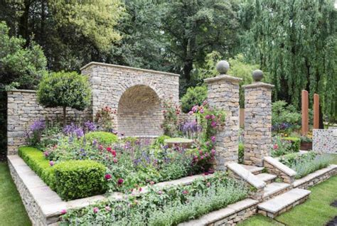 artisan gardens  chelsea flower show   english
