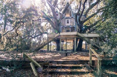 victorian houses in brooksville florida big ass treehouse in brooksville floridax photorator